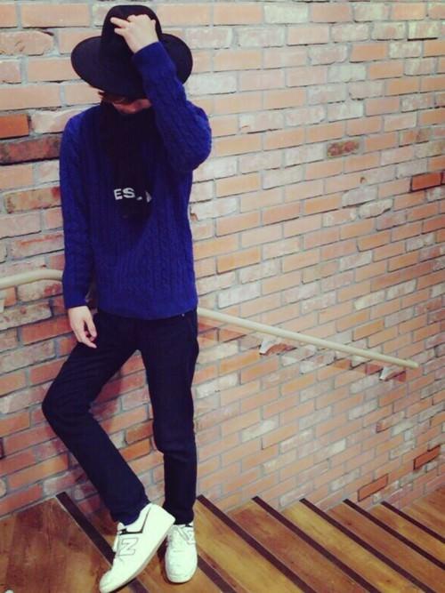 ブルー系×白スニーカー=上級者