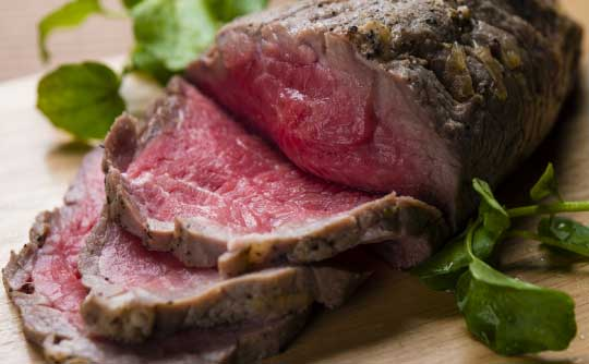 今、話題の低温調理器6選!最強レシピ超まとめ&目安温度も!塊肉料理も失敗いらず!